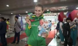 Europos čempionė Airinė Palšytė priešpriešos tarp studijų ir sporto nejaučia