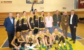 2015 - 2016 m. LSKL sezono merginų grupės nugalėtojos - MRU krepšininkės