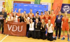 2016-2017 m. studentų tinklinio čempionate VU ir VDU komandų triumfas