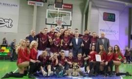 LSKL čempionais 13 - ąjį kartą tapo VDU krepšinio komanda